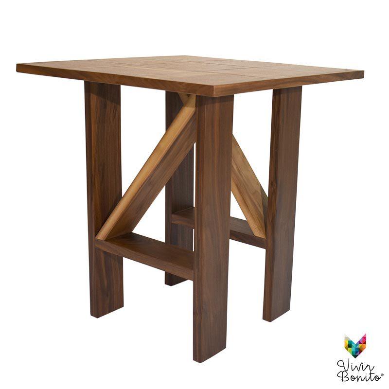 mesa de madera tonala nogal vetas 2