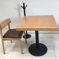 mesas para Restaurantes haya natural sillas