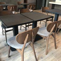 mesas para restaurantes comedores hoteles madera personalizada laminado plastico base metal cuadrada