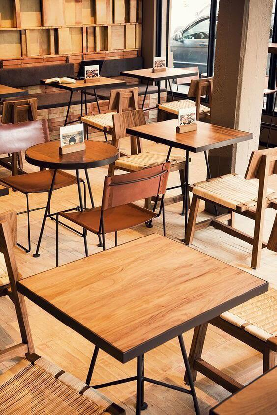 mesas para restaurantes madera natural cantos en metal