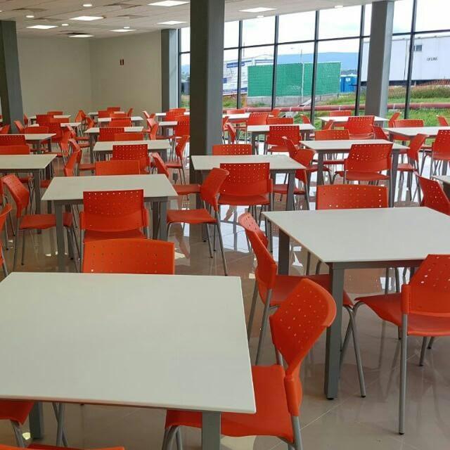 mesas para comedores empresa industriales mesas en superficie solida blanca