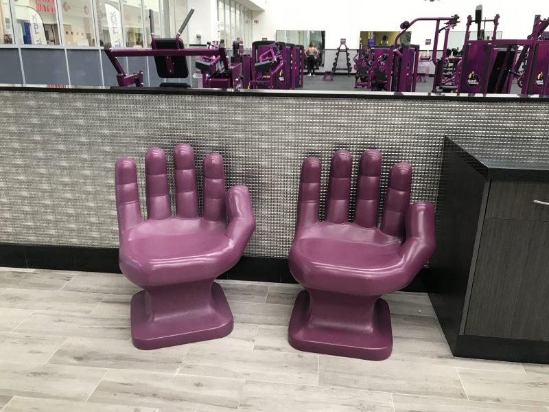 sillas para hoteles forma mano sobre diseño fibra de vidrio color uva