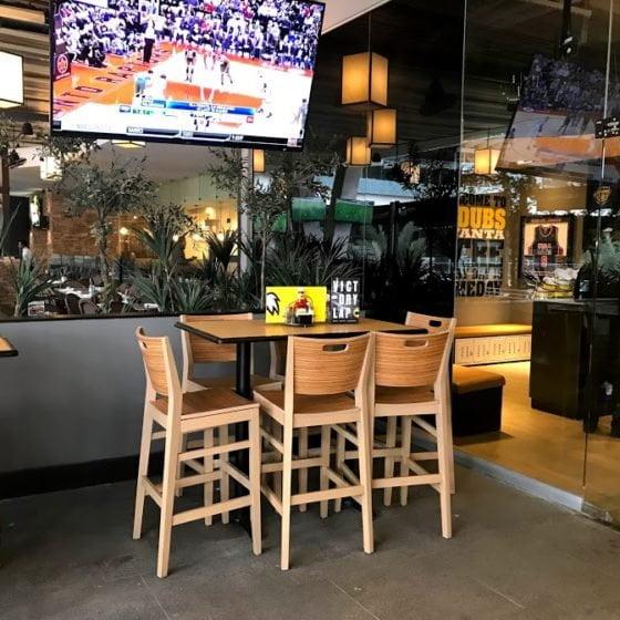 mesas-para-restaurantes-bancos-para-barra-bww